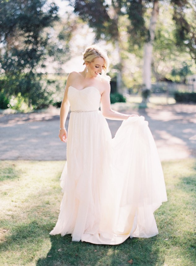 Rustic Vintage Whispering Rose Ranch Bride